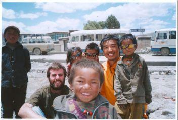 me-barry-and-tibet-kids